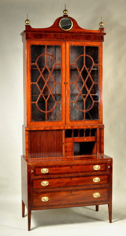 Hepplewhite Mahogany Secretary Desk - Inv. #10507